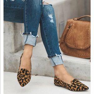 🐆🐆 Black Leopard Pointed Leopard Loafer